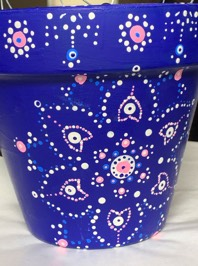 pointillisme on clay pot